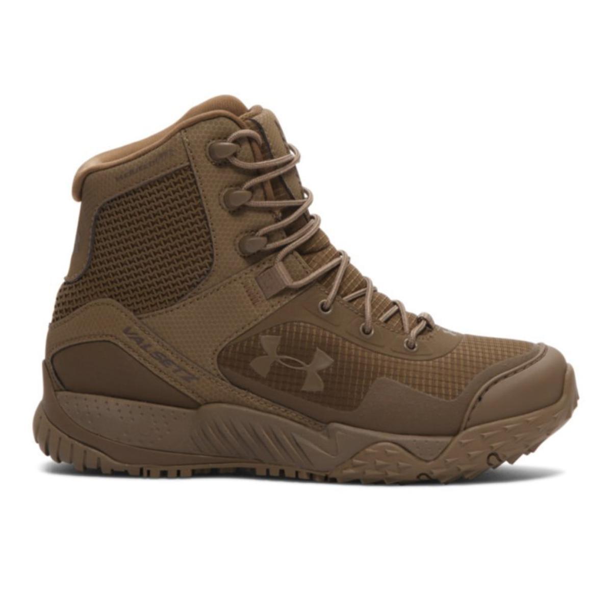 Under girls boots